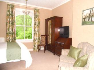 Bed and breakfast Newtown Superior kingsize room with Wifi